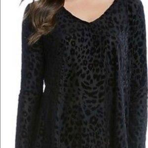 NWT Karen Kane black cheetah print top